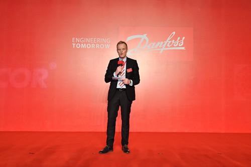 5. 丹佛斯中国区总裁司徒嘉德在仪式上说,丹佛斯天磁技术是未来市场的主流,对在中国乃至全球市场的发展充满信心_副本